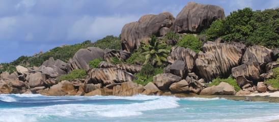 Palge de rêve aux îles Seychelles