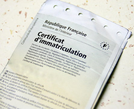 certificat d'immatriculation de véhicule ,papier