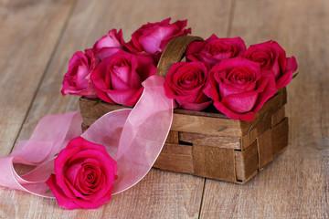 Korb mit Rosen