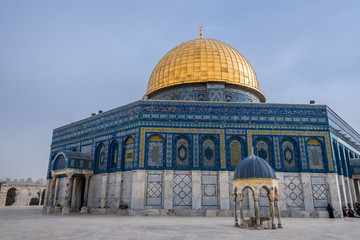 Fototapete - Temple mount view