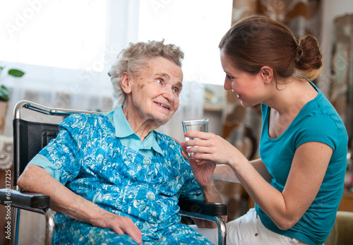 assisted living jobs - HD 1600×1112