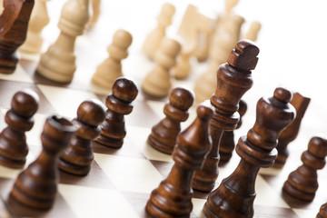 チェス盤と駒のアップ