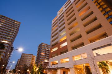 Fototapete - 夕暮れの新興住宅街