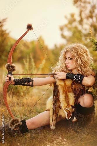 друзьями фото девушек амазонок без одежды деле