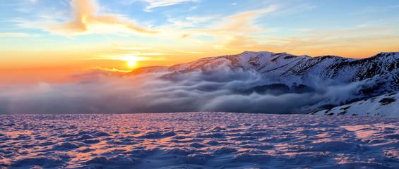 Fototapete - Winter mountain