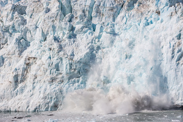 Fotobehang Gletsjers Ice calving at the Margerie Glacier