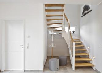 Holztreppe kleines Treppenhaus