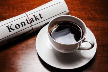 kontakt newspaper, cup of coffee