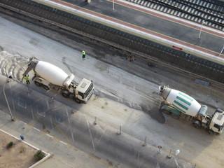 concrete mixers unloading