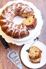 Fruit ring cake