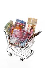 Schweizer Franken Geldschein mit Einkaufskorb