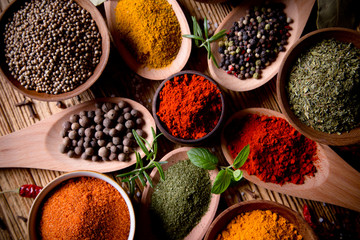 Obraz Assorted spices - fototapety do salonu