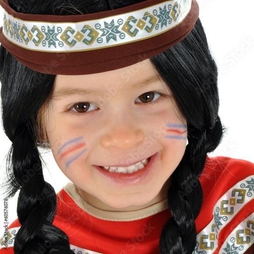 Kind In Indianer Kostum Zu Karneval Stockfotos Und Lizenzfreie