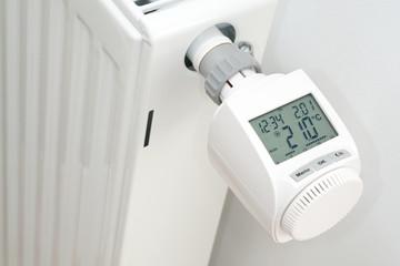 Elektronischer Heizungsthermostat  in der Heizphase