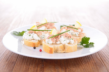 canape with tuna and cheese