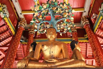 Buddha statue at Pong sanook temple in Lumpang, Thailand