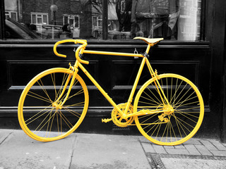 Tuinposter Fiets yellow bike