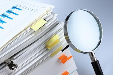 Obraz Investigate and analyze. - fototapety do salonu