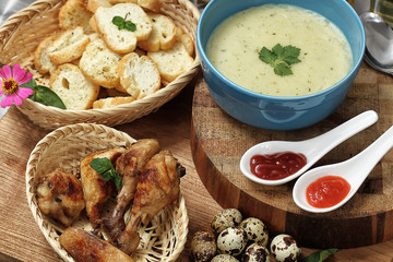 corn soup and garlic bread