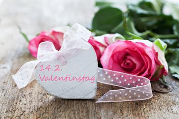 Herz mit Text und Rosen