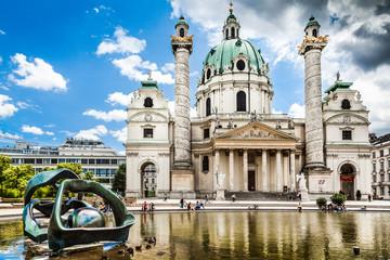 In de dag Wenen Famous Karlskirche (St. Charles's Church) in Vienna, Austria