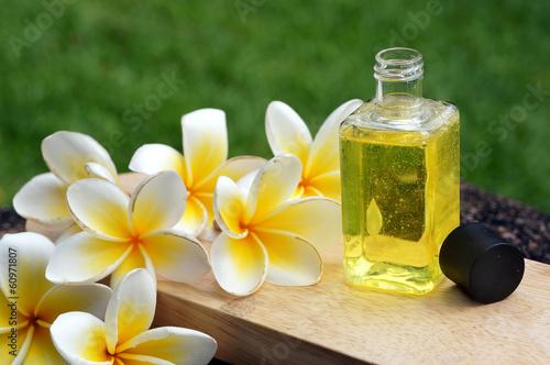 Wall mural Massage oil