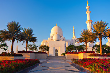 Canvas Prints Abu Dhabi Abu Dhabi, UAE. Sheikh Zayed Grand Mosque