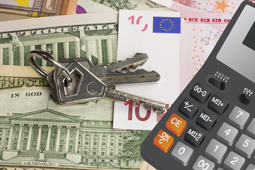 Keys on money and calculator