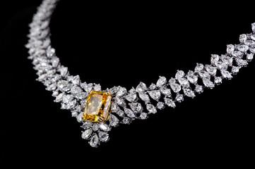 Poster - diamonds necklace shot against a black background
