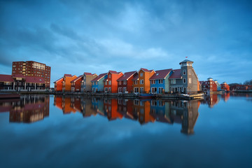 Fototapete - colorful buildings on water in Holland