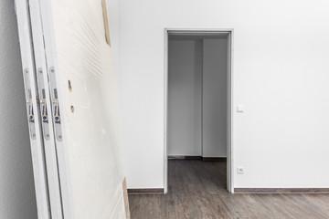 neue Holztür
