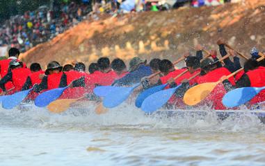 Fototapete - Long boat racing