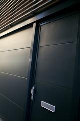 Porte d'entrée d'un maison contemporaine