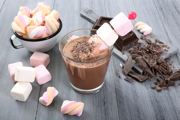 marshmallow e cioccolato caldo