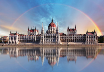 Foto op Canvas Boedapest Budapest - Parliament.with reflection in Danube