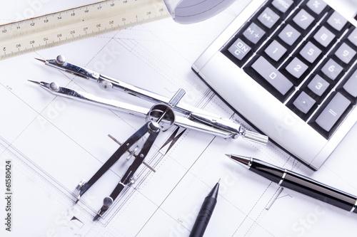 Architektonische baupl ne und arbeitsmaterial f r for Innenarchitekt finden