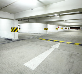 Indoor parking lot
