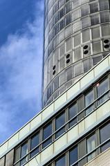 gmbh anteile verkaufen notar gründung GmbH buerogebaeude Unternehmensgründung GmbH GmbH verkauf