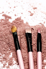 brush on pink powder