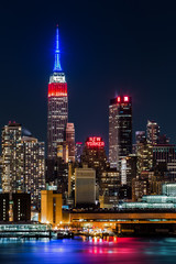 Fotomurales - Empire State Building honors Presidents' Day