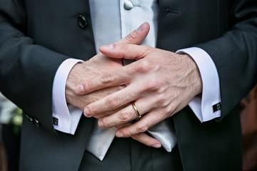 mani sposo