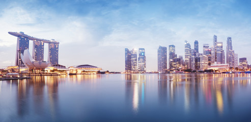 Foto op Canvas Singapore Panoramic image of Singapore`s skyline at night.