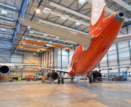 Flugzeugwerft // aircraft production