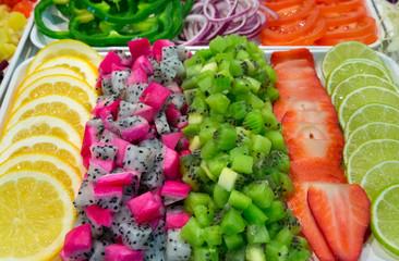 Фигурная нарезка из овощей и фруктов