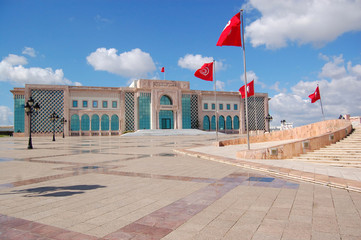 Papiers peints Tunisie The Town Hall of Tunis and its large square