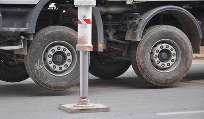 pump truck outrigger