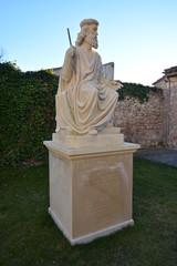 Escultura de piedra en Burgos, Camino de Santiago, España