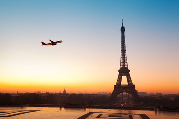 Recess Fitting Paris travel to Paris