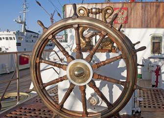 Rigging sailing ship