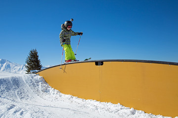 Enfant au snowpark